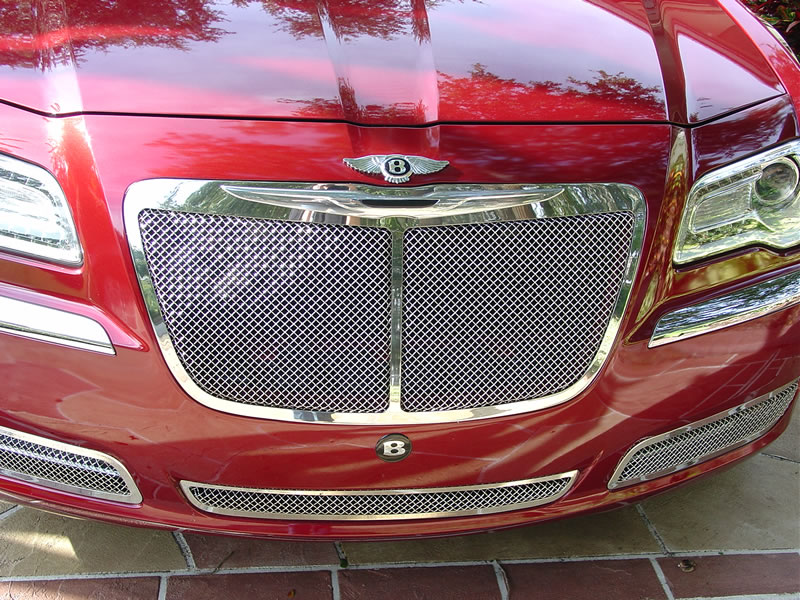 2012 chrysler 300 bentley mulsanne brand new in august 2012 its the limited model with the 3. Black Bedroom Furniture Sets. Home Design Ideas