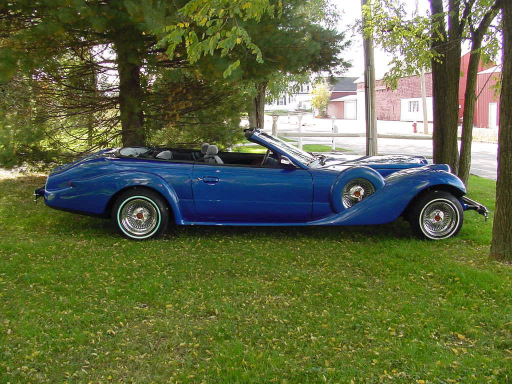 1995 Luxxor Convertible-built in 2008 on a 1995 Mustang-very rare ...